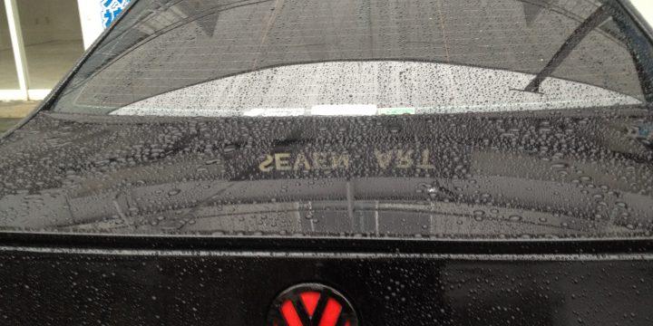 VWフォルクスワーゲン・フロントとリアのエンブレム取外し