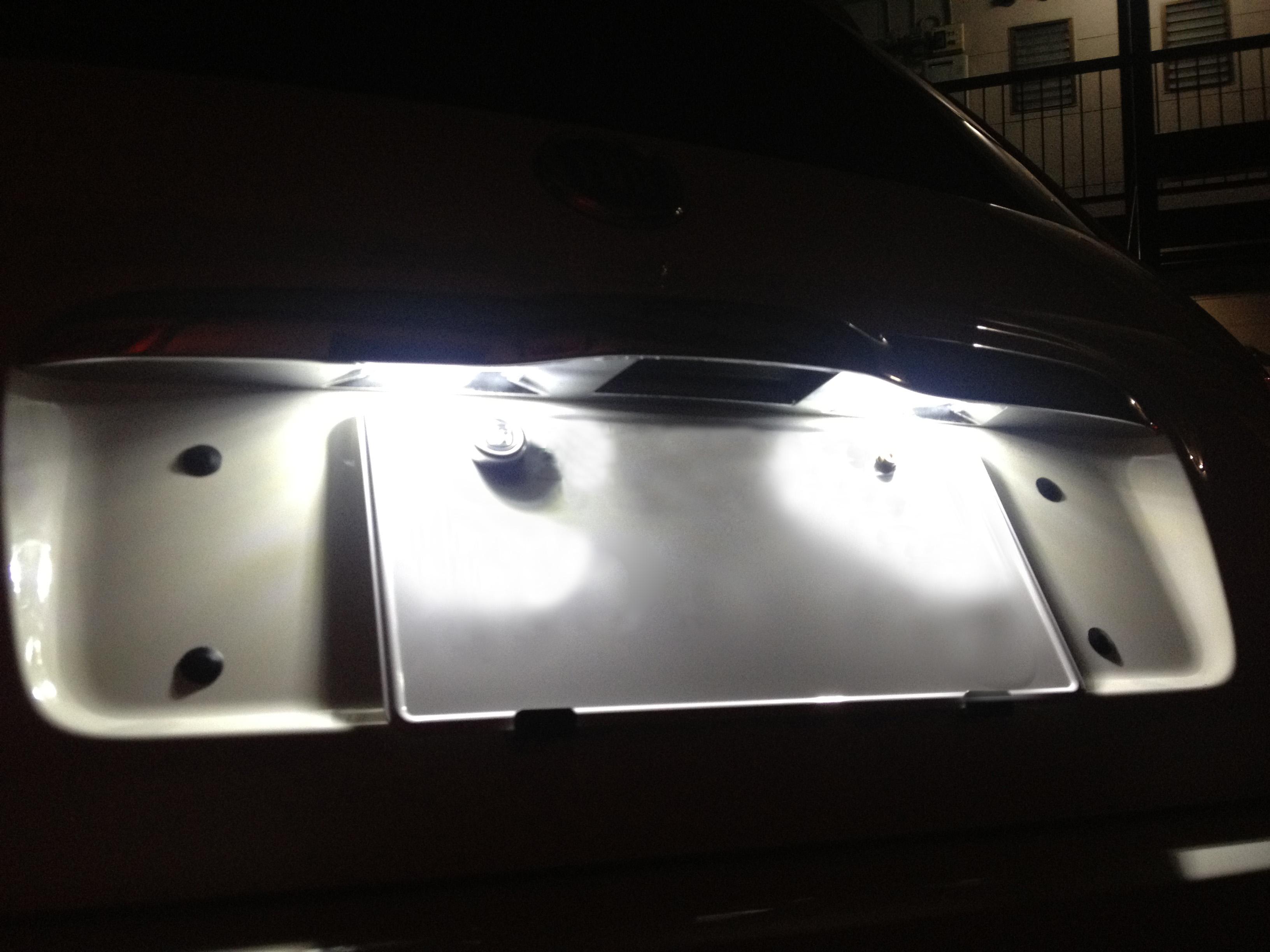 FIATフィアット500ライセンスランプLED化