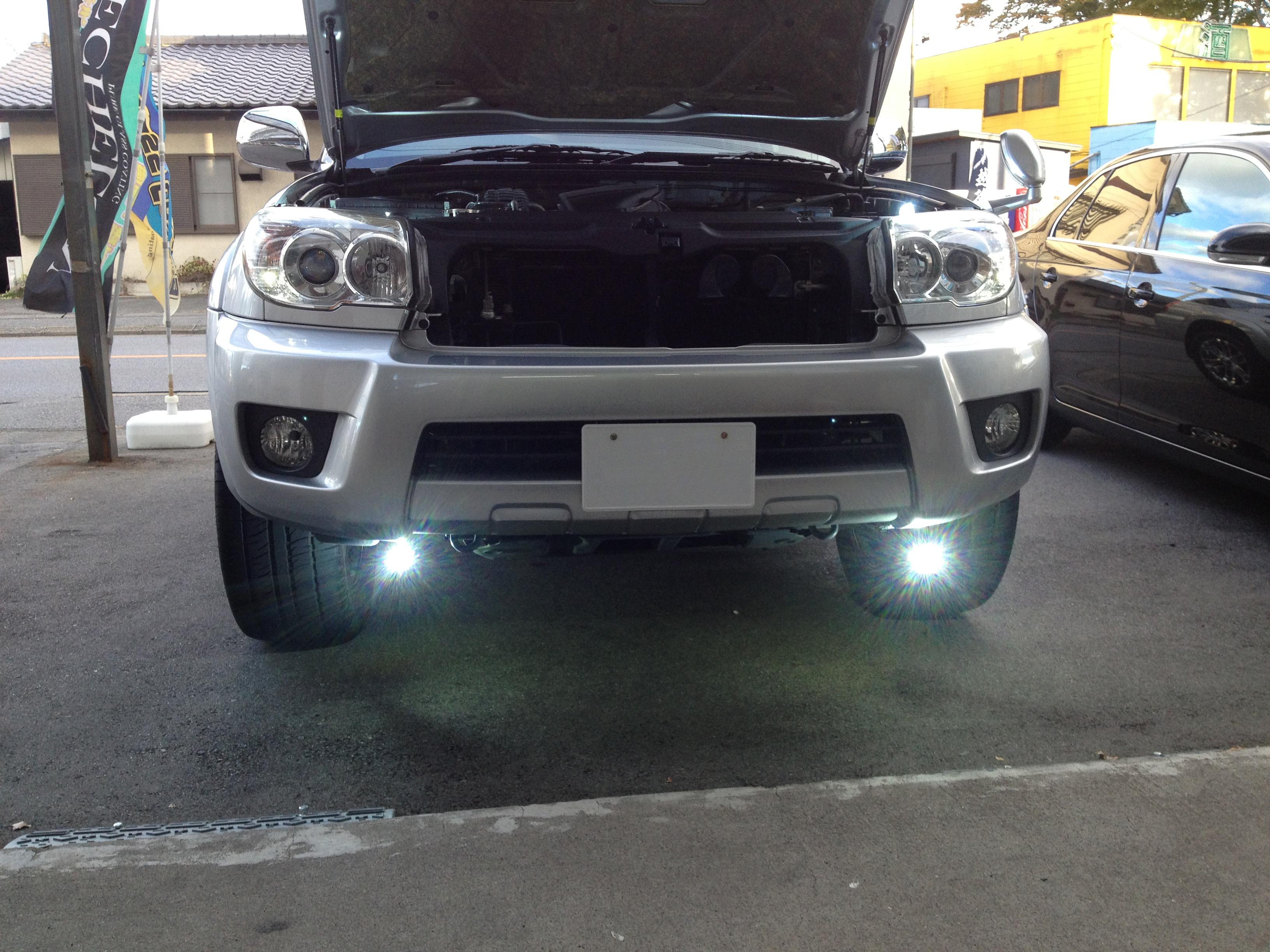 トヨタハイラックスサーフのフォグランプHID化