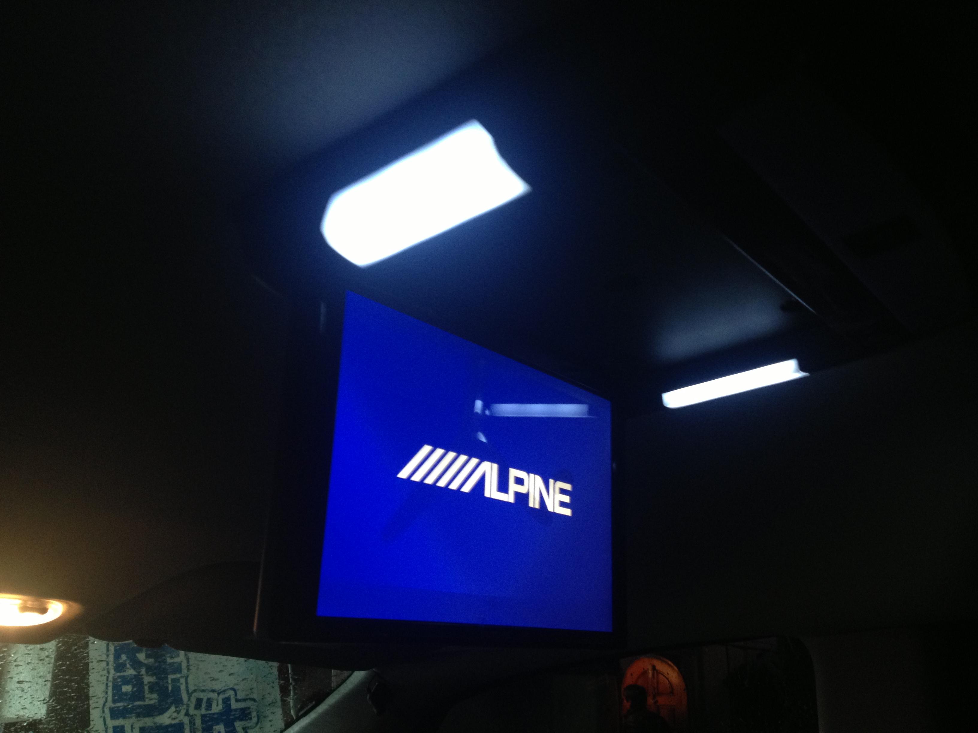 リアビジョンPCX-R3500Bプラズマクラスター付きの取付け