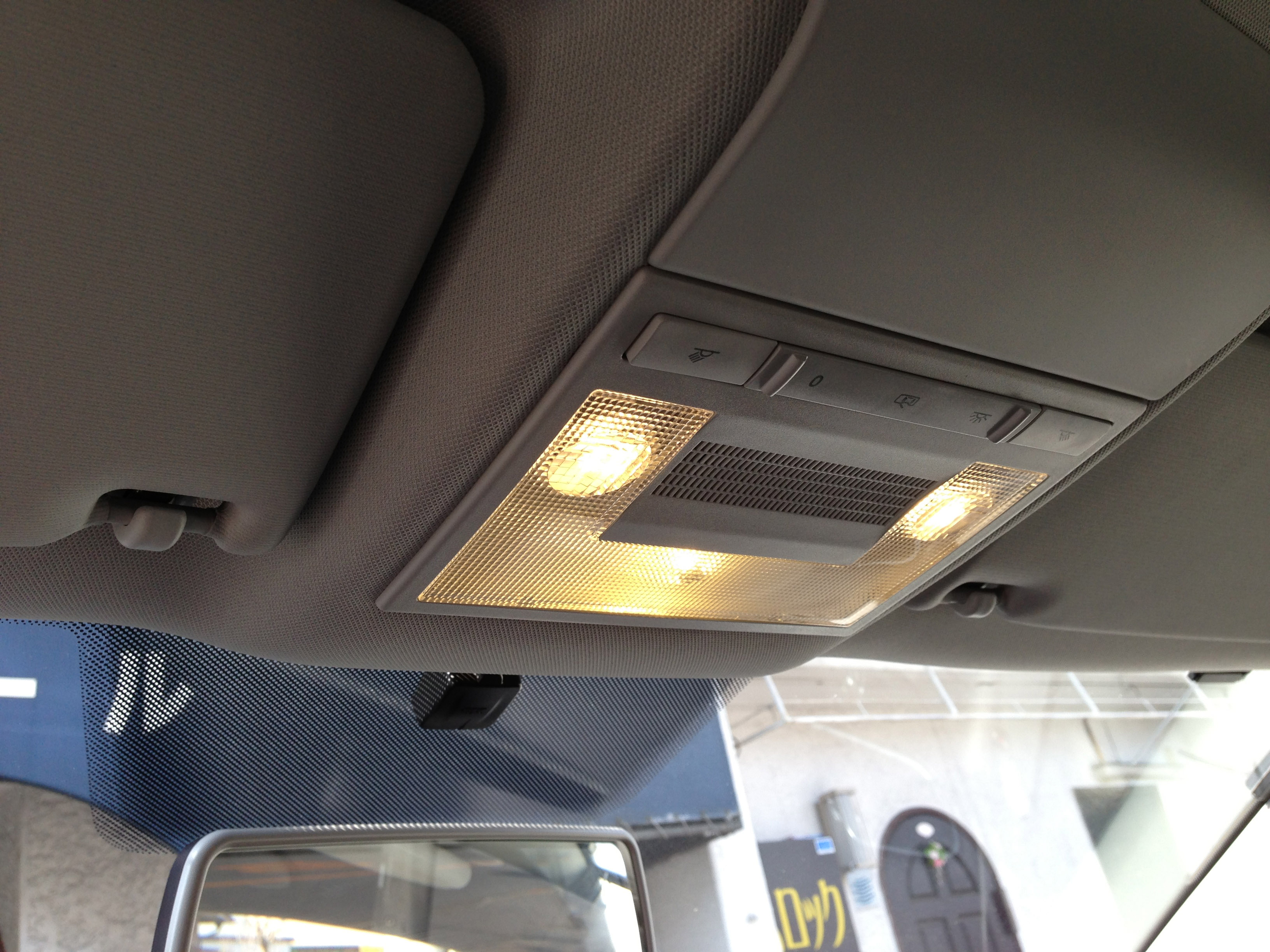 VWポロルームランプ、マップランプ電球色LED化
