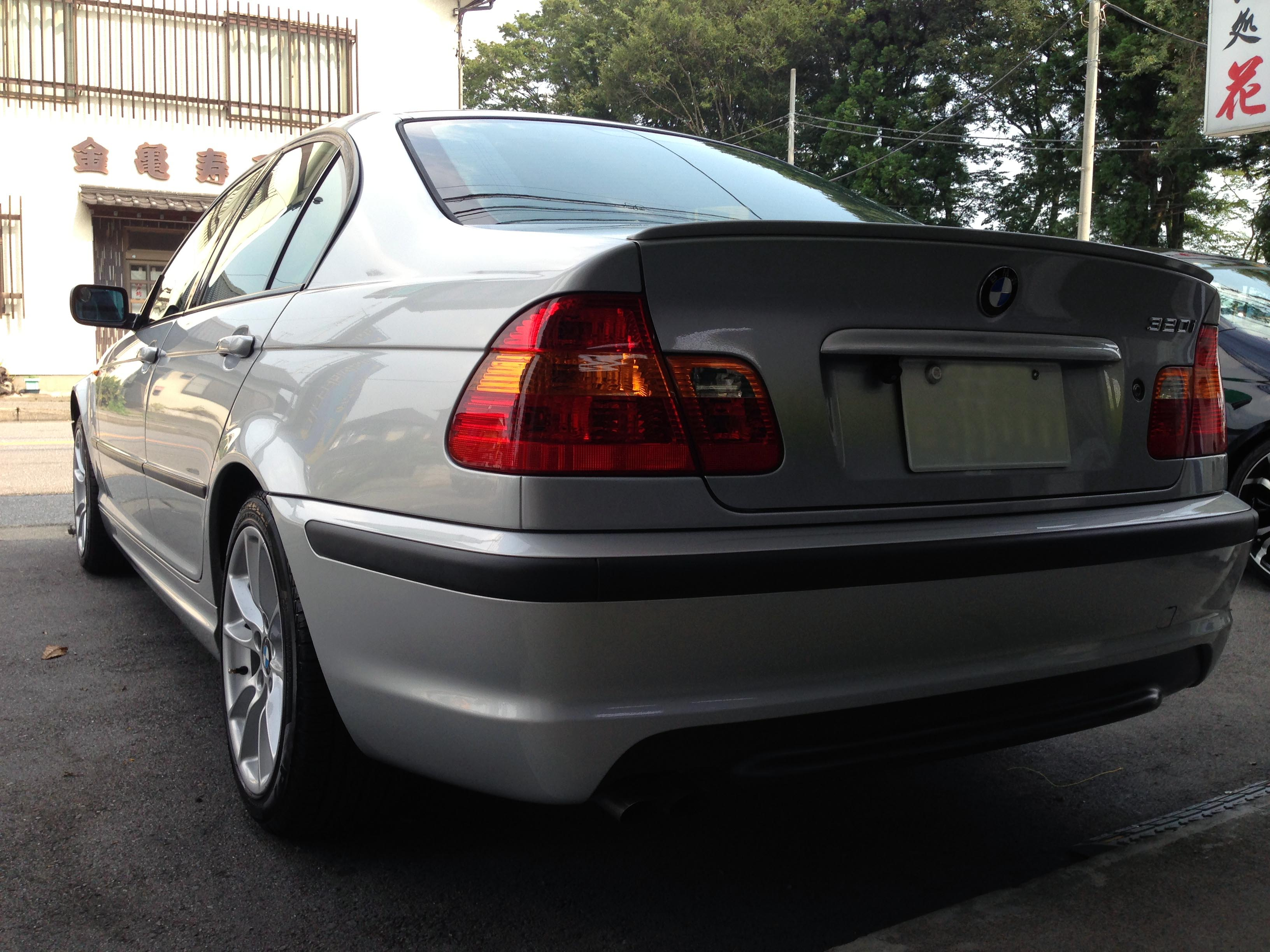 BMW320iエシュロンボディーガラスコーティング施工 後部
