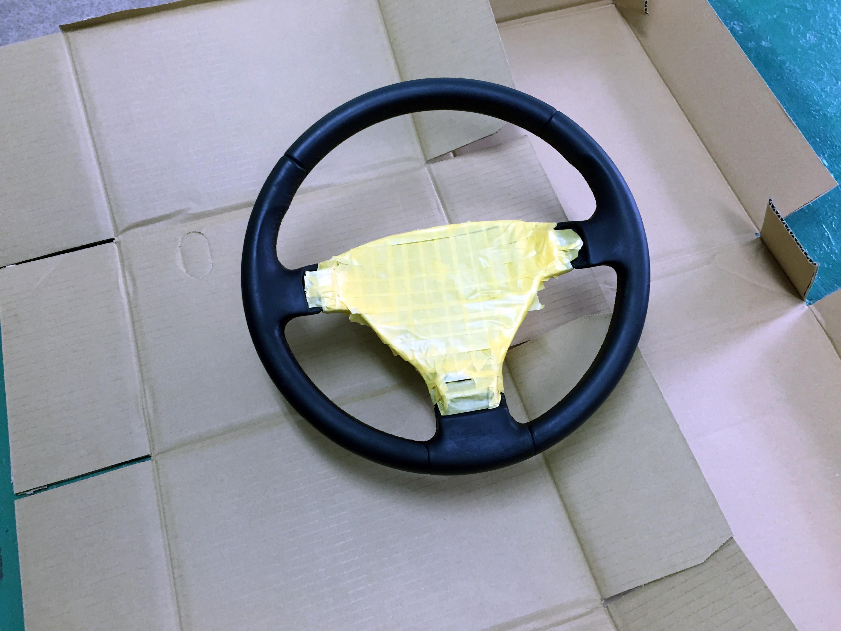 VWジェッタステアリングホイールマスキング