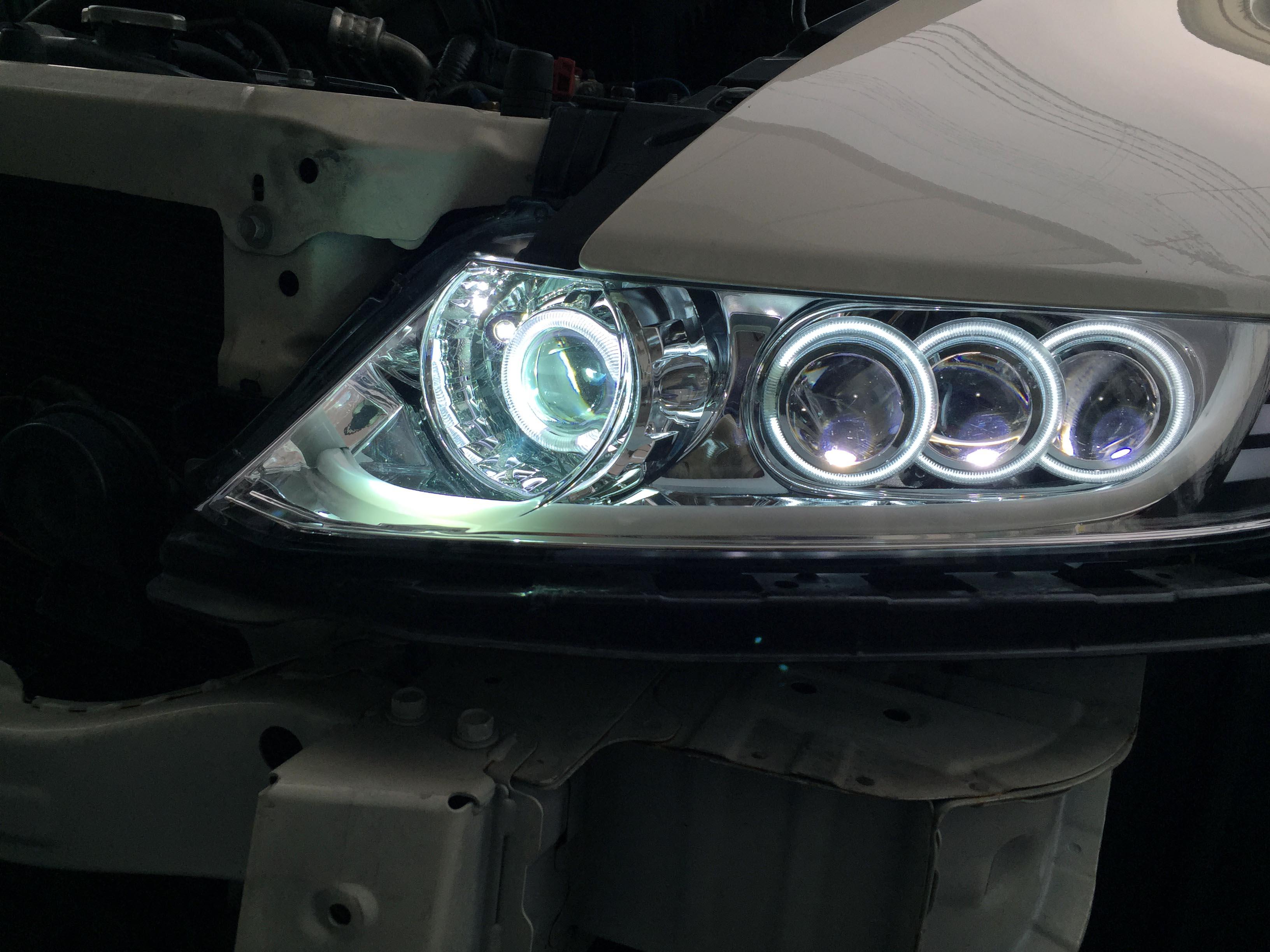 RB1ホンダオデッセイへ新規ヘッドライト点灯チェック