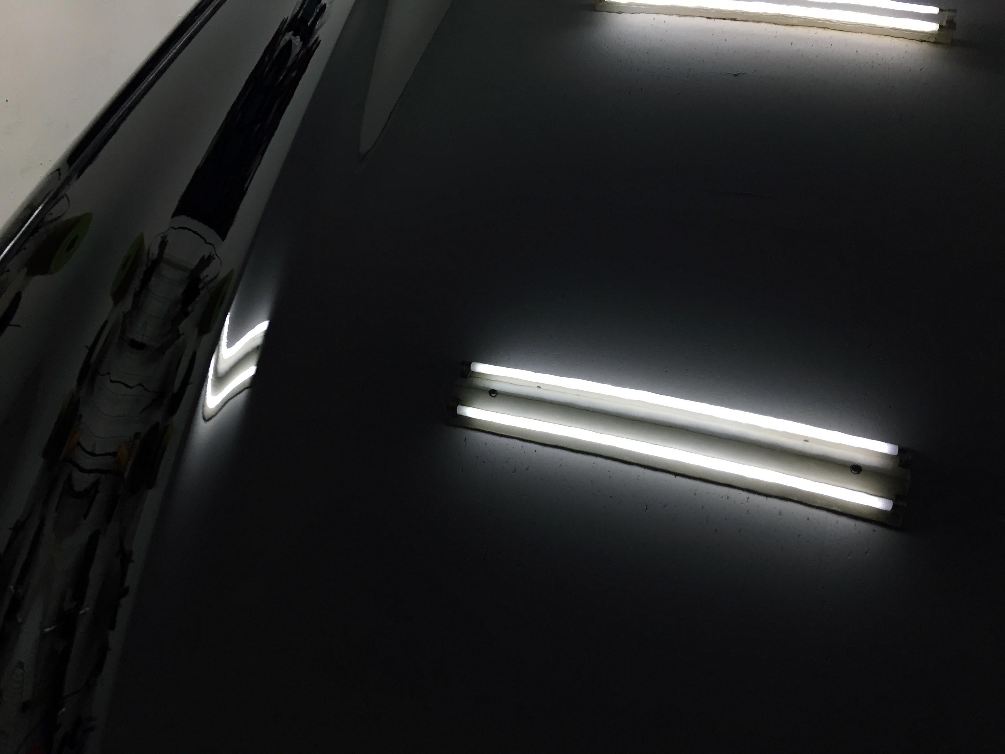 トヨタ30セルシオを磨き本来の艶に戻します
