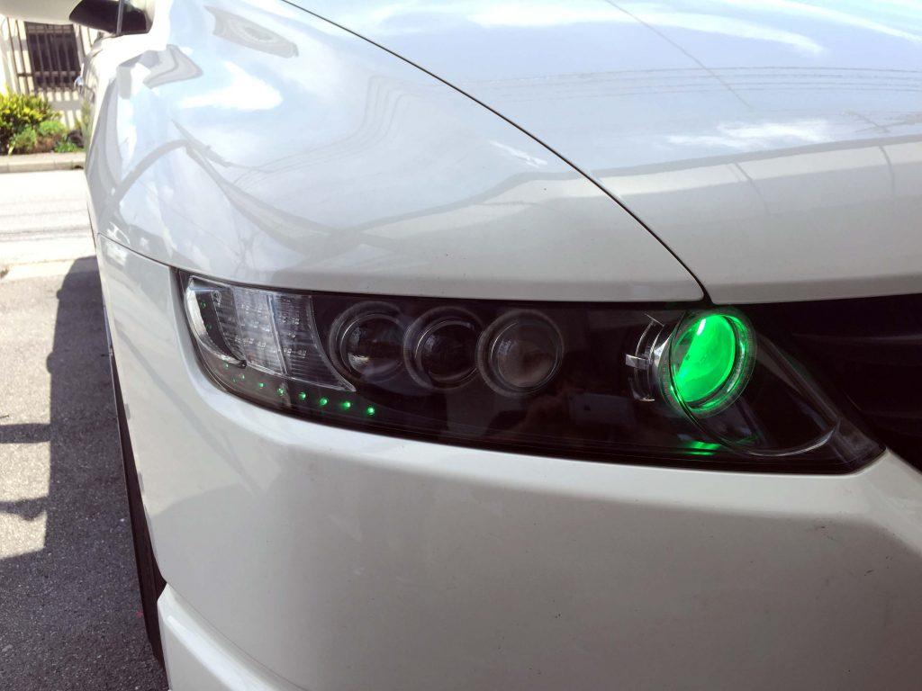 ホンダRB1オデッセイヘッドライト加工品のグリーンアイ