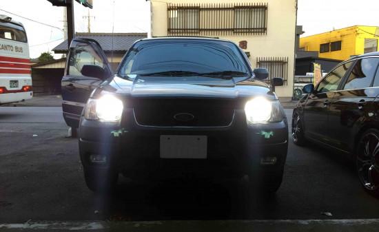 フォードエスケープのヘッドライトHID化後の点灯状態