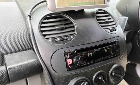 VWニュービートルへ1DINオーディオを取り付けました。