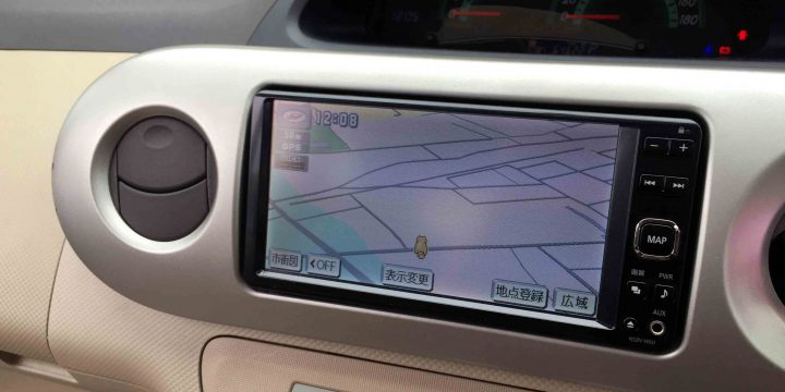 トヨタシエンタへ取り付けたダイハツ純正ナビの地図画面