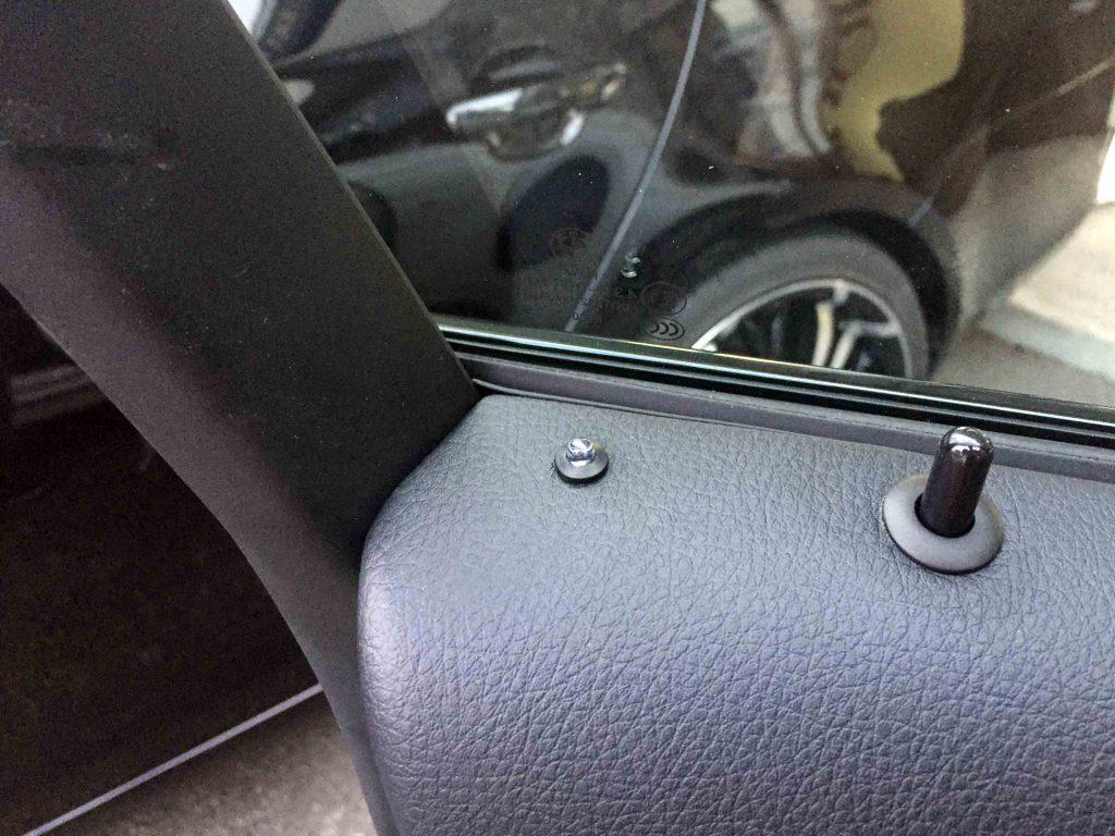 BMW3シリーズF30ドアへクラフトマンLEDフラッシャーを取り付けました