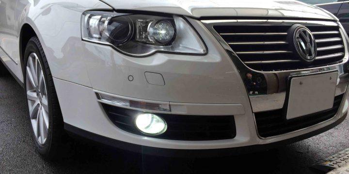 VW3CパサートのフォグランプをHID化し明るさ視認性がアップ致しました