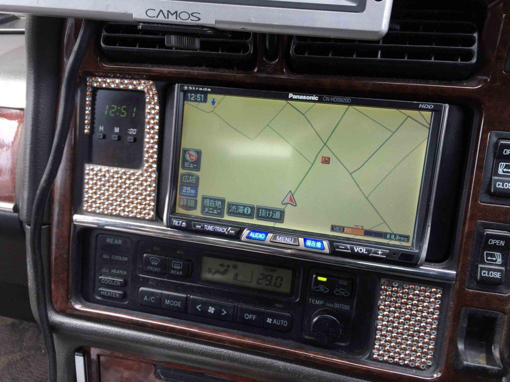 トヨタ100系ハイエースへパナソニックCN-HDS620Dのナビ画面
