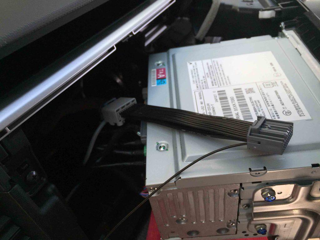 ホンダRP1ステップワゴンの純正ナビにTVキット配線を取り付けます