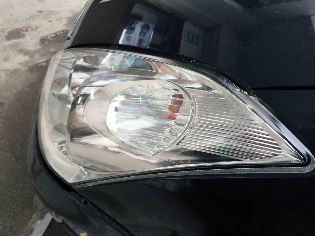 トヨタウィッシュのヘッドライトの黄ばみも除去されました