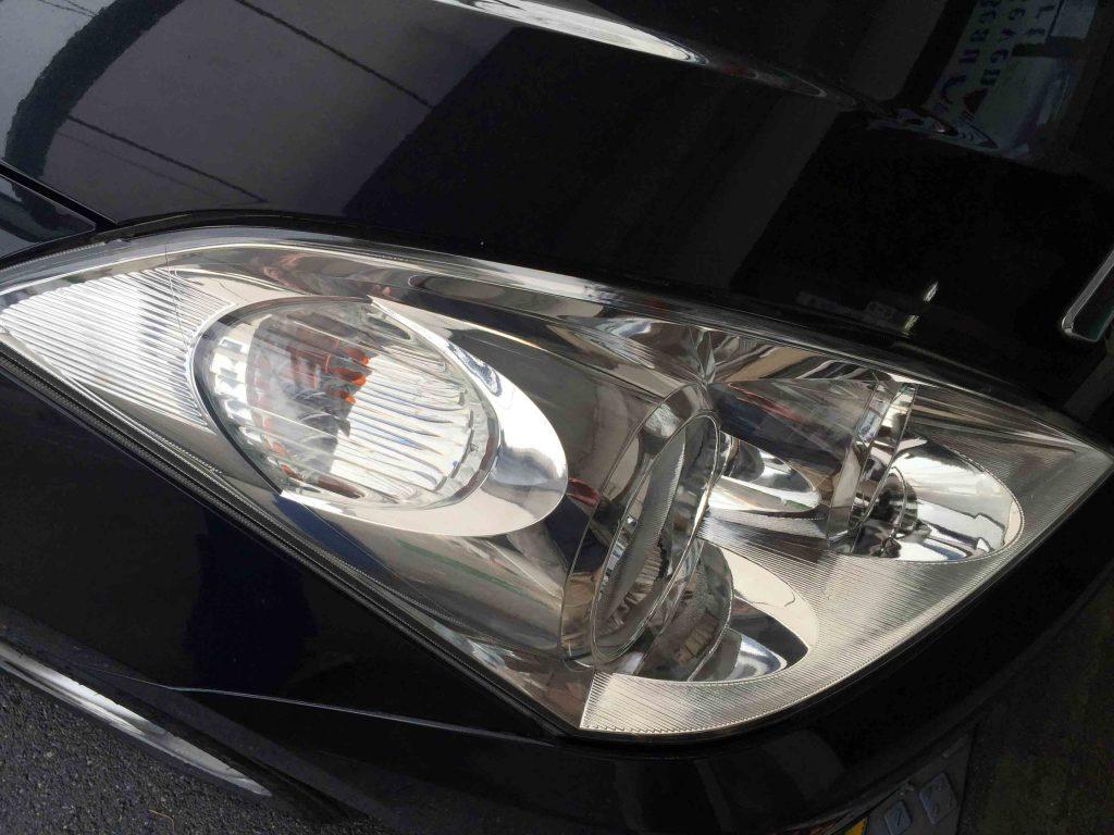 トヨタウィッシュのヘッドライトが本来のクリアーなヘッドライトに復活