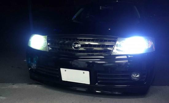 日産Y34グロリアのヘッドライトLoビームをHID化後の点灯状態