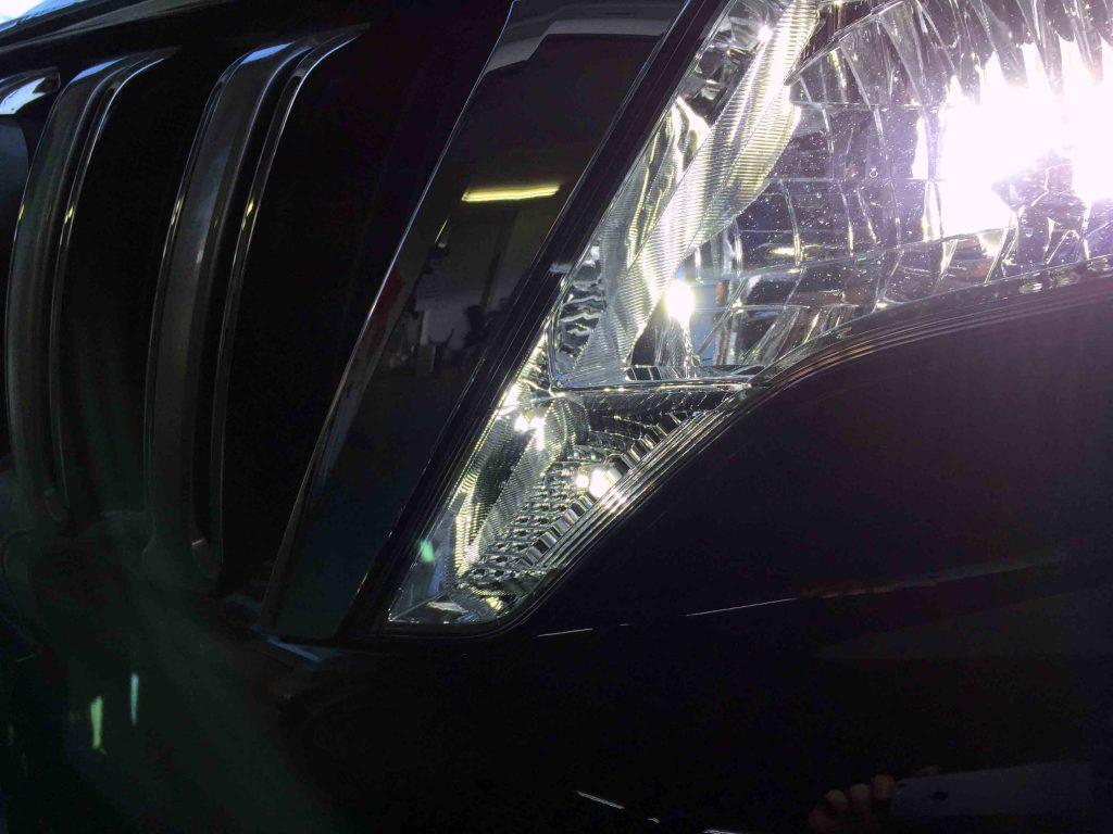 トヨタ150系プラドのポジションランプをCREEチップLEDバルブへ交換致しました