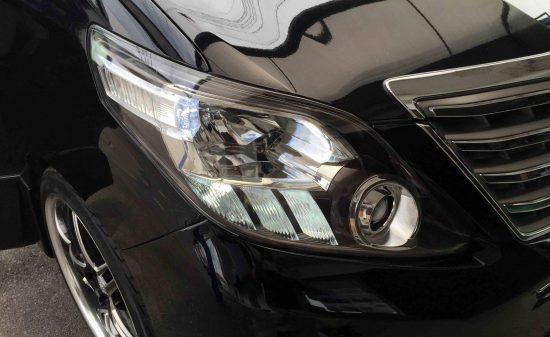 トヨタ20系アルファードへ取り付けたダブルソケットでポジション点灯時