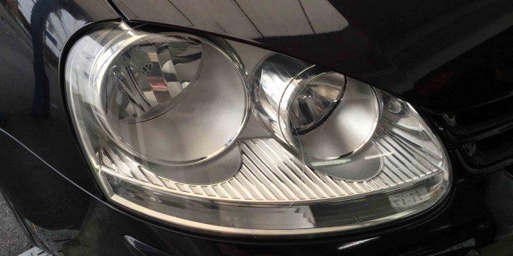 VWゴルフ5のヘッドライトリフレッシュ後(運転席側)