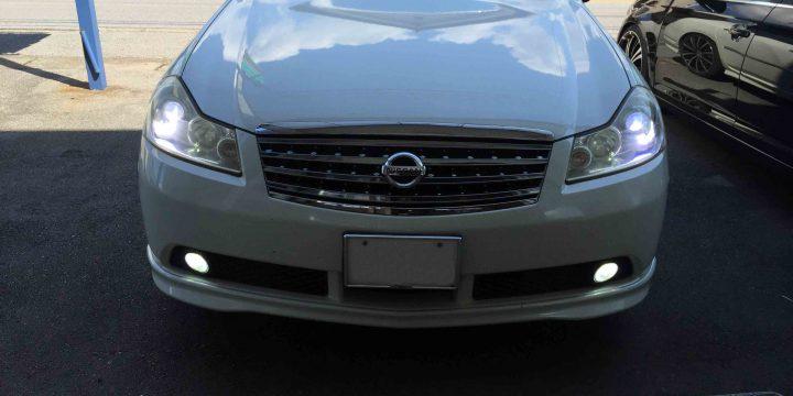 日産Y50フーガのヘッドライトをHID化しフォグランプをLED化。明るさも大幅にアップ致しました。