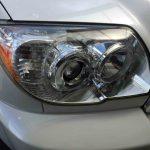 トヨタ215系ハイラックスサーフのヘッドライトレンズリフレッシュ後の状態