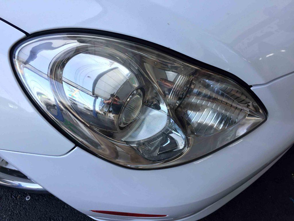 レクサスSC430のヘッドライトレンズをリフレッシュしクリアーな状態へ復活。