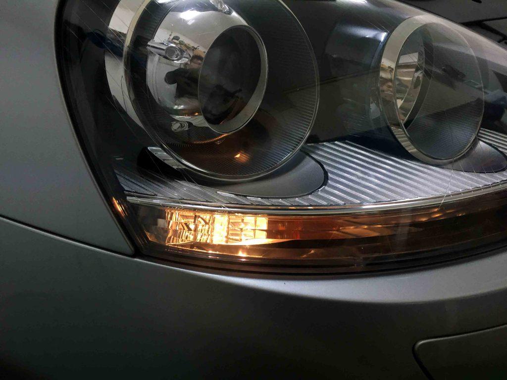 VWフォルクスワーゲンジェッタの標準ポジションランプ点灯時。