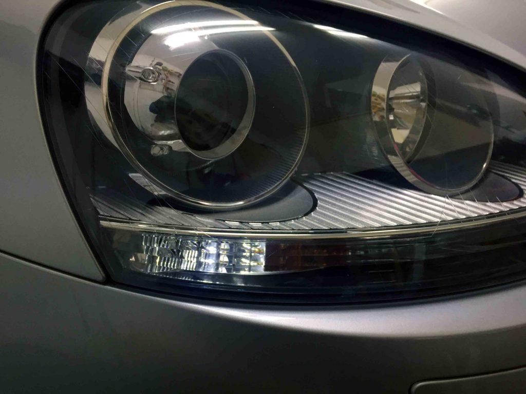 VWフォルクスワーゲンジェッタのポジションランプをLEDバルブへ交換後の点灯時。