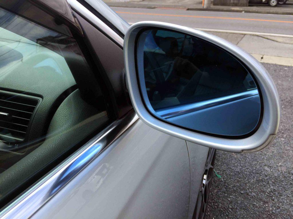 VWフォルクスワーゲンジェッタの純正ドアミラーからブルーミラーへ交換しました。