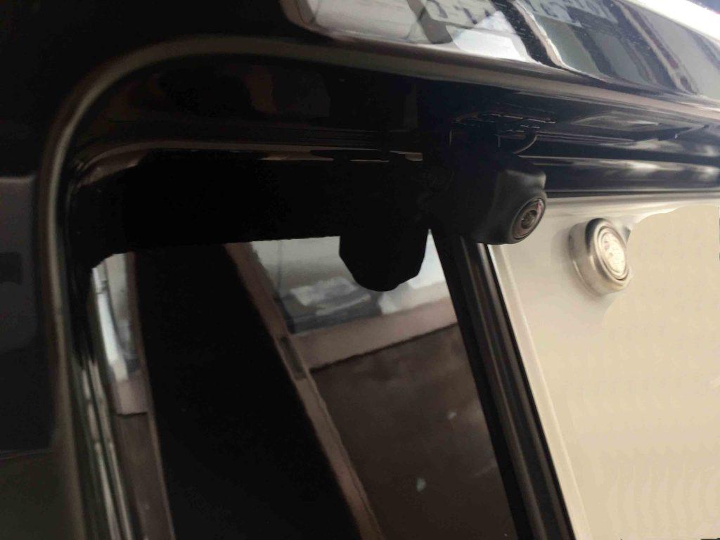 VWフォルクスワーゲンPOLO6R系のリアバンパーへバックカメラを取り付けました。