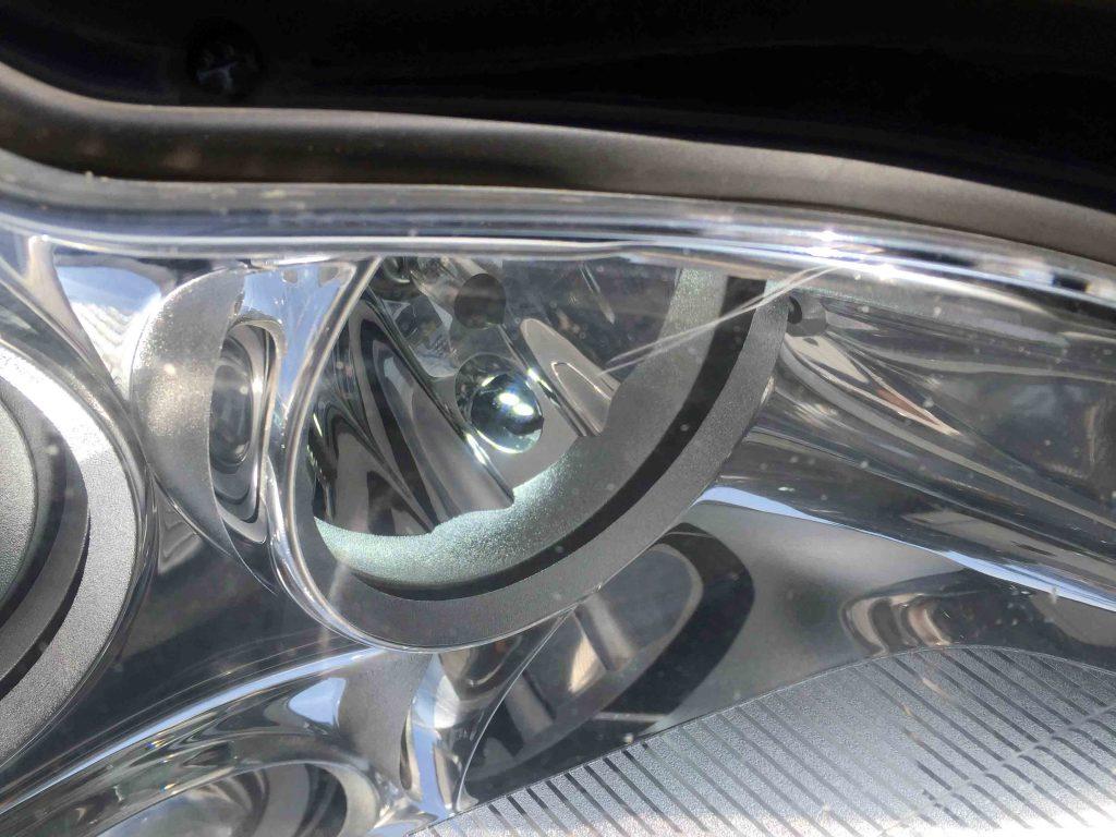メルセデスベンツCLSのポジションランプをSMDチップ4発LEDに交換