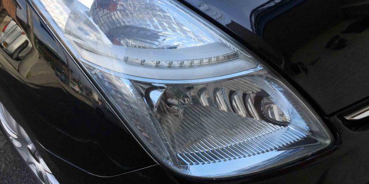 トヨタプリウス20系のヘッドライトレンズクリーニング後は透明感のあるレンズへ復活