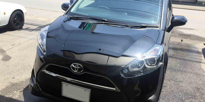 トヨタ17系シエンタをエシュロンボディガラスコーティング施工し綺麗なボディになりました