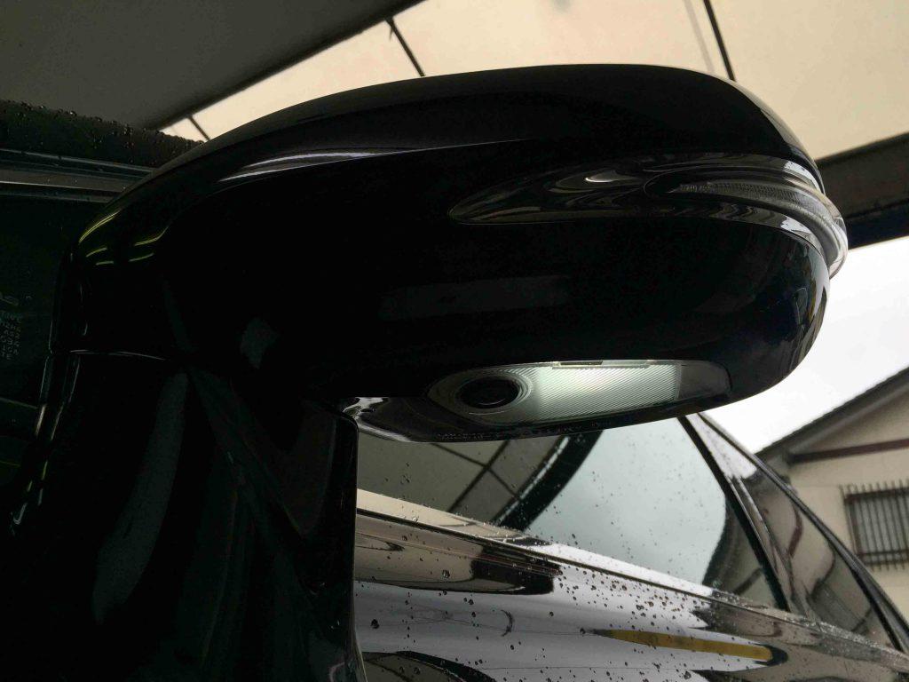 レクサスRXのウェルカムランプをLEDバルブへ交換し点灯チェック