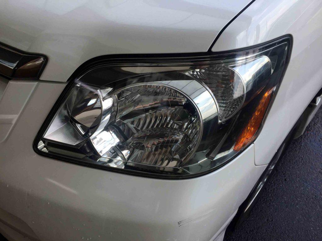 トヨタ60系ノアのヘッドライトリフレッシュ後はクリアーな状態に戻りました