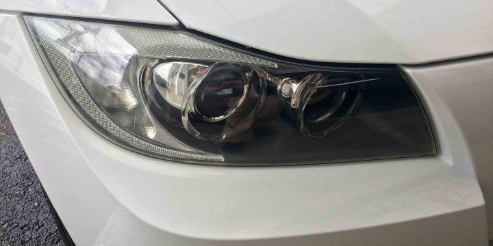 BMW3シリーズE91のヘッドライトの黄ばみもなくなりクリアーな状態です