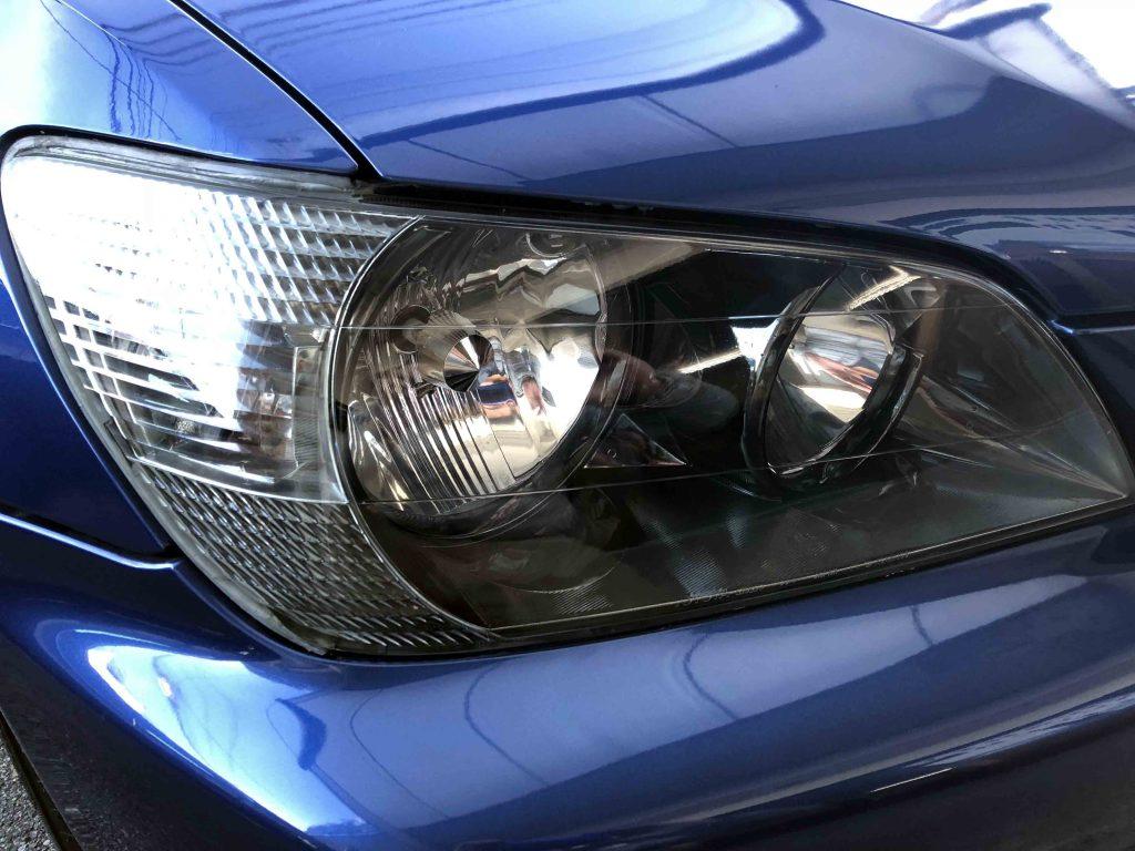 トヨタアルテッツァヘッドライトをインナーブラックタイプへ交換